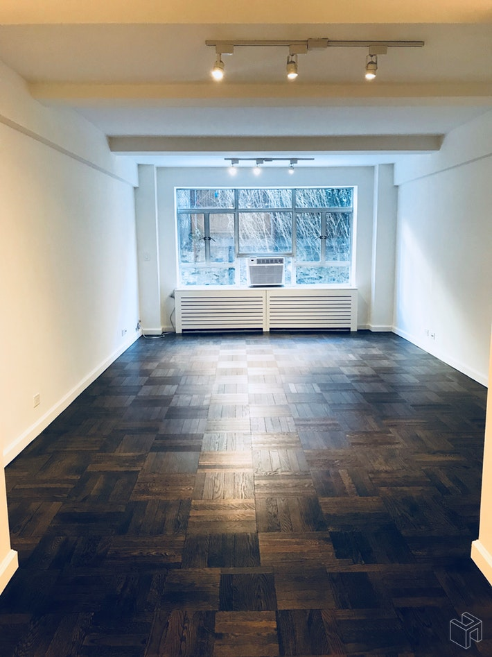 15 West 84th Street 1h, Upper West Side, NYC, 10024, $1,125,000, Property For Sale, Halstead Real Estate, Photo 2