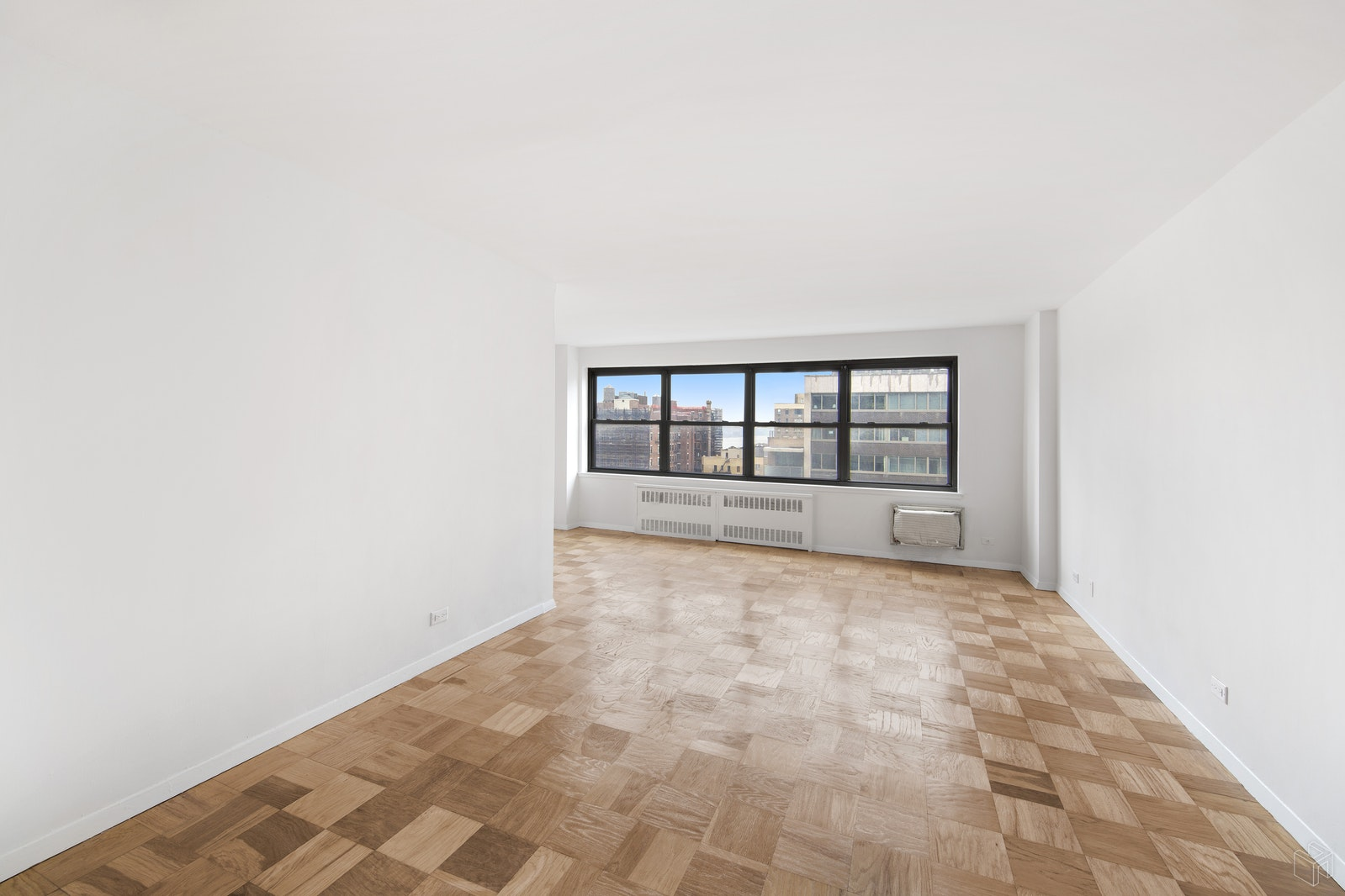 205 West End Avenue 16F, Upper West Side, NYC, $485,000, Web #: 19465913