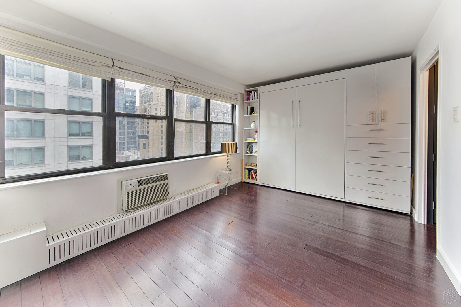 330 Third Avenue 14J, Gramercy Park, NYC, $3,250, Web #: 19469747