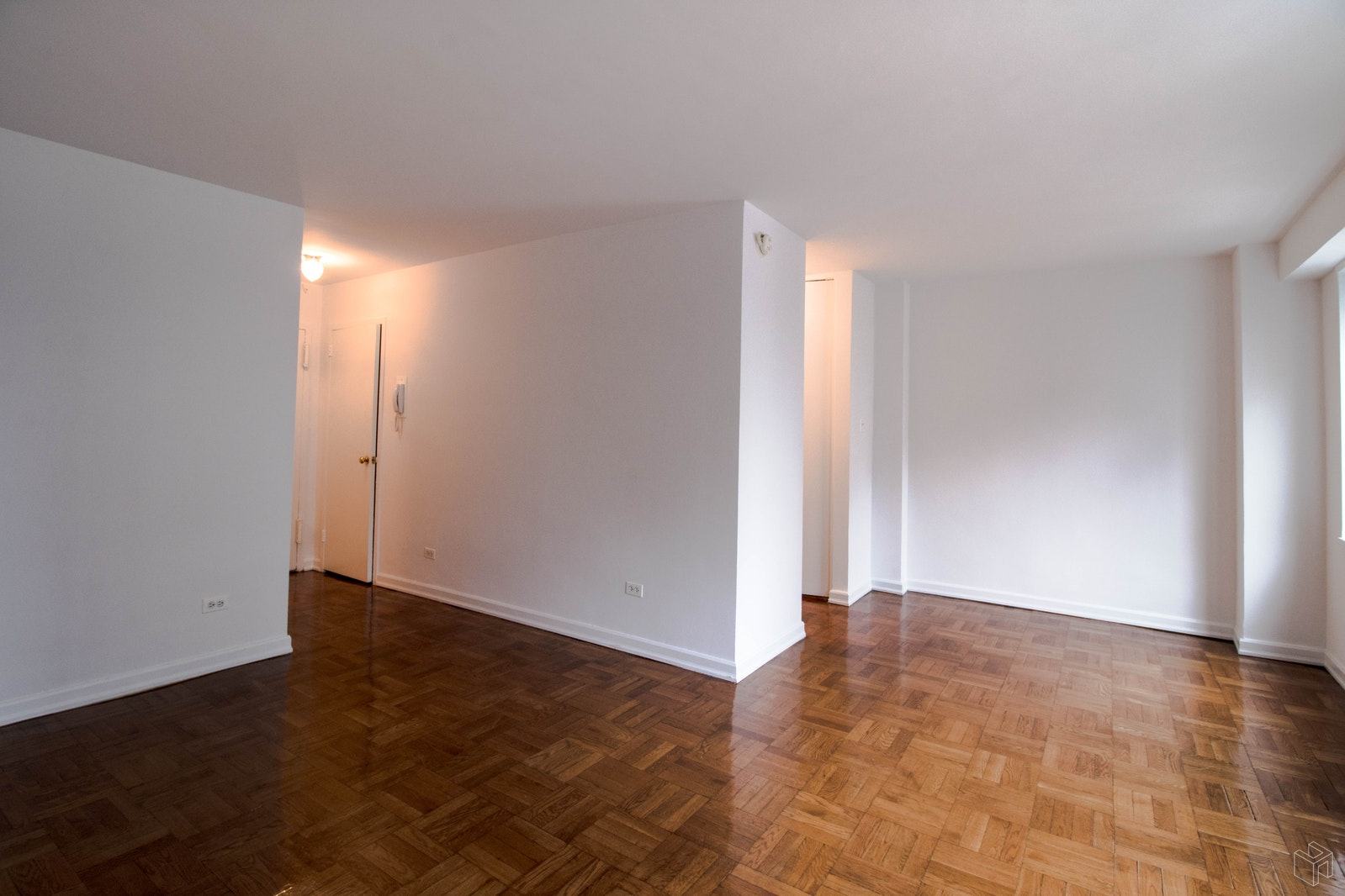 East 87th Street, Upper East Side, NYC, 10128, Price Not Disclosed, Rented Property, Halstead Real Estate, Photo 3