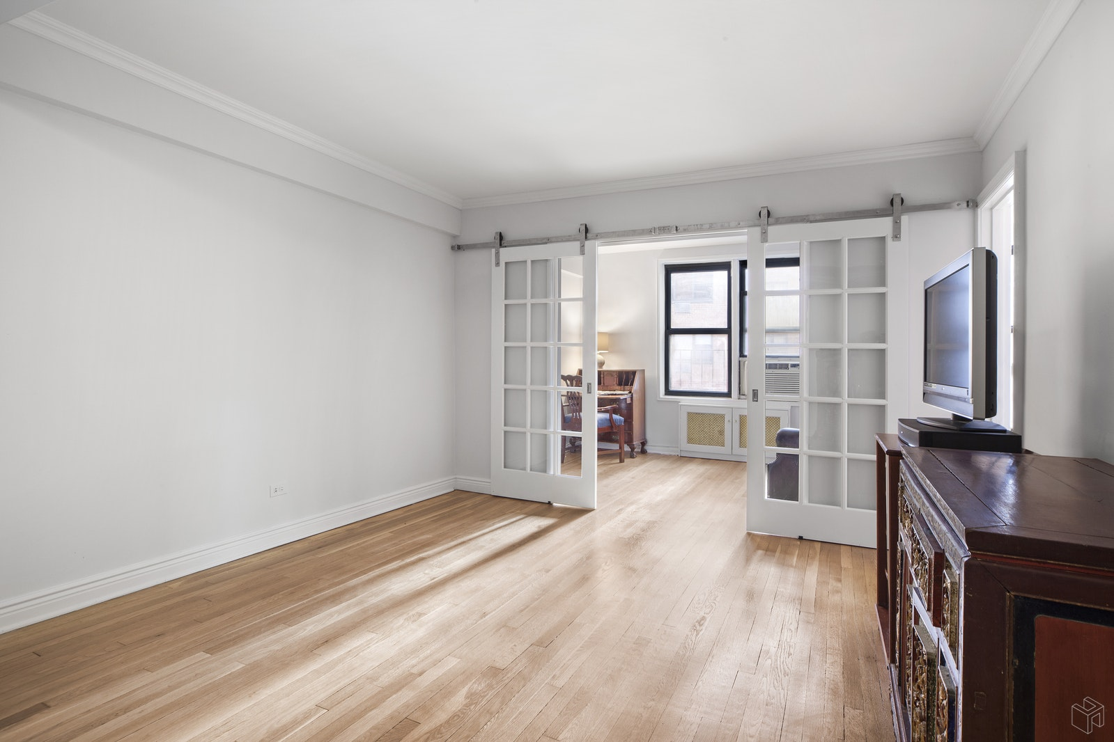 330 East 80th Street, Upper East Side, NYC, 10075, $795,000, Sold Property, Halstead Real Estate, Photo 2
