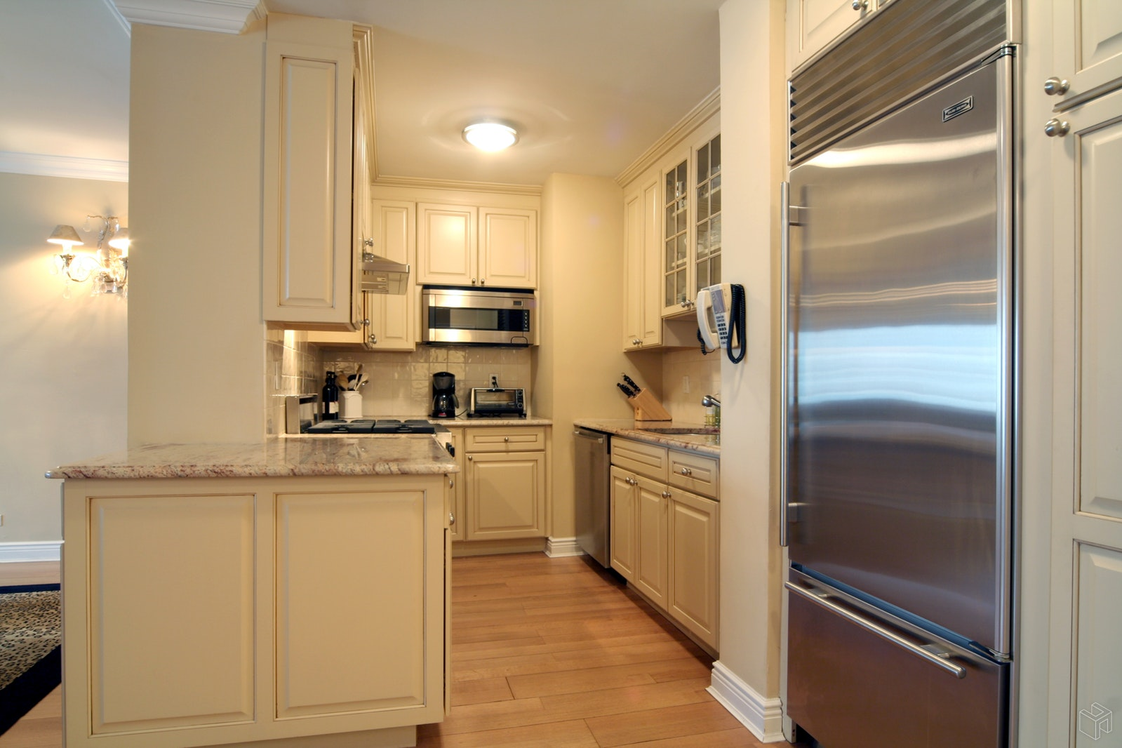 303 East 57th Street 9f, Midtown East, NYC, 10022, $590,000, Property For Sale, Halstead Real Estate, Photo 2