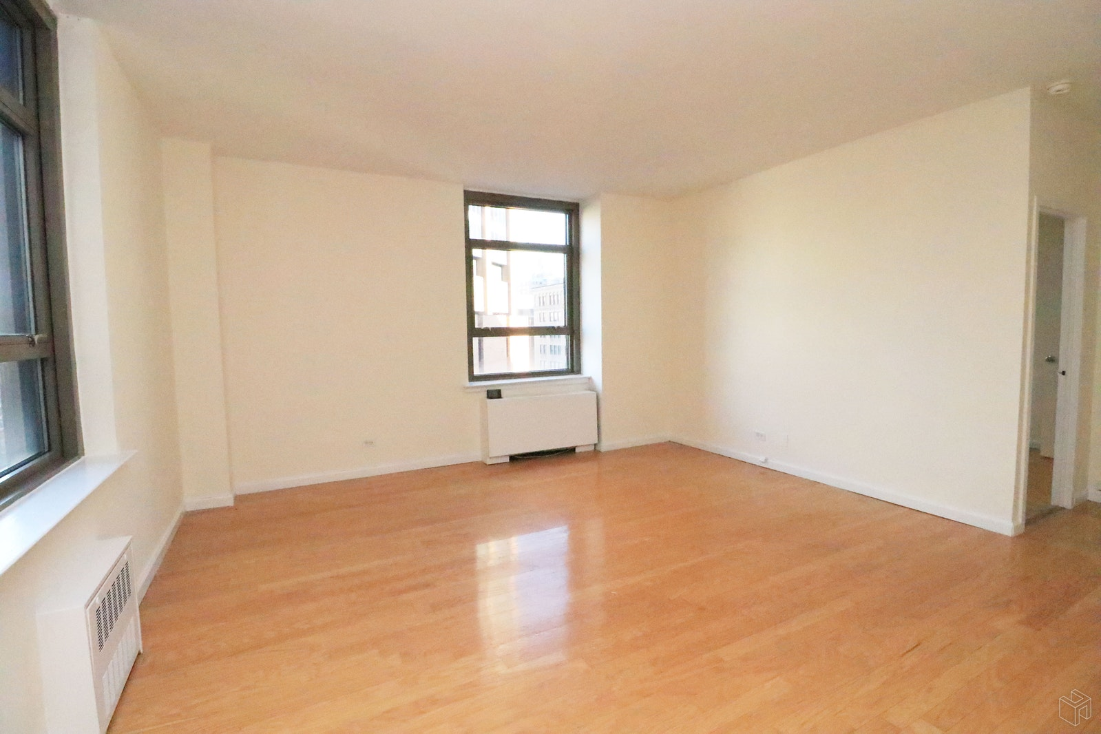 Park Avenue, Midtown East, NYC, 10016, $3,150, Rented Property, Halstead Real Estate, Photo 2