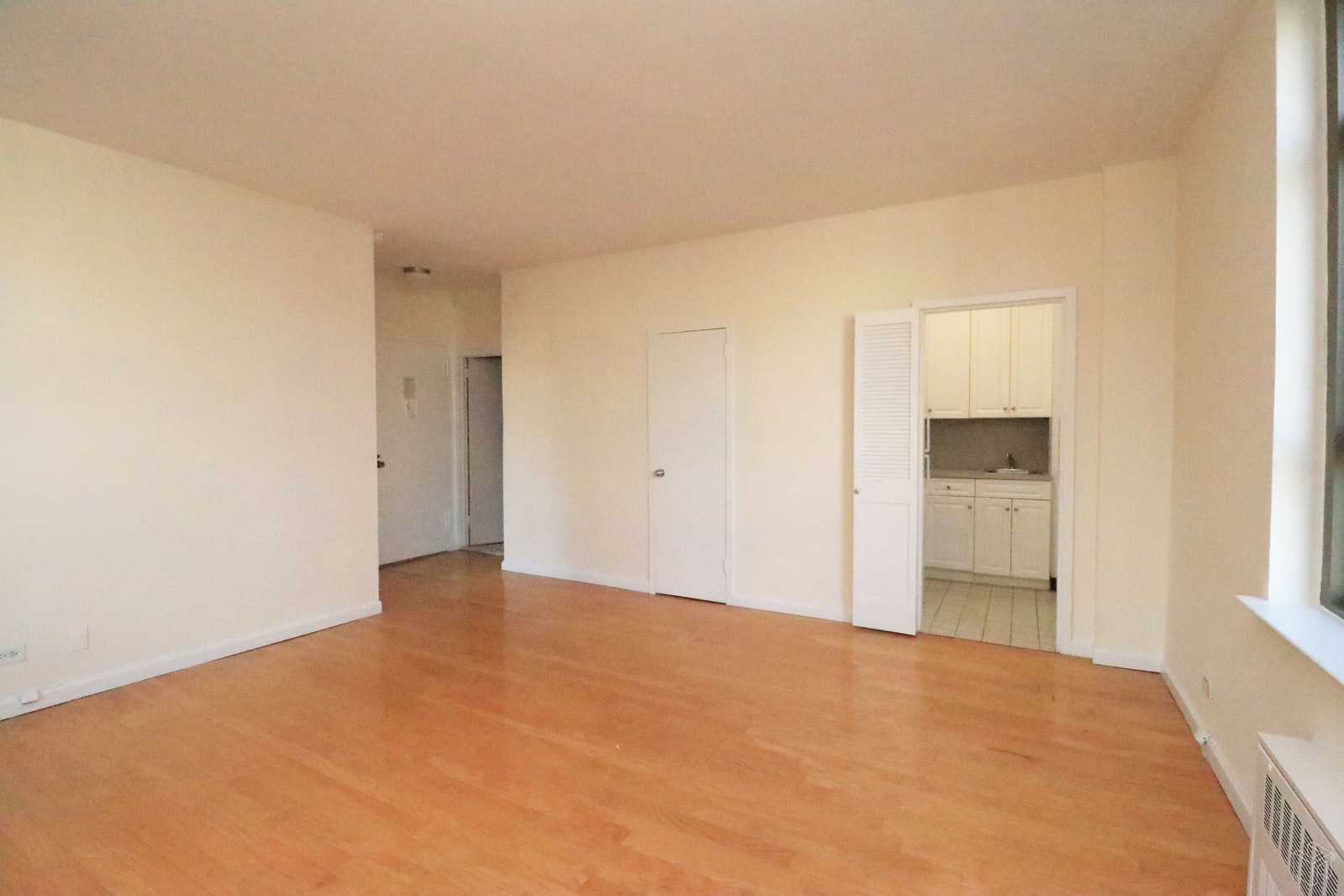 Park Avenue, Midtown East, NYC, 10016, $3,150, Rented Property, Halstead Real Estate, Photo 6