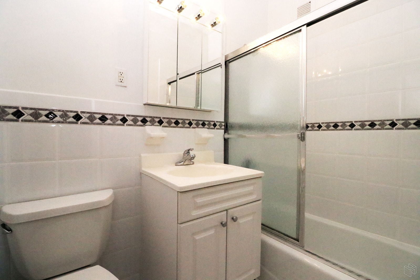 Park Avenue, Midtown East, NYC, 10016, $3,150, Rented Property, Halstead Real Estate, Photo 7