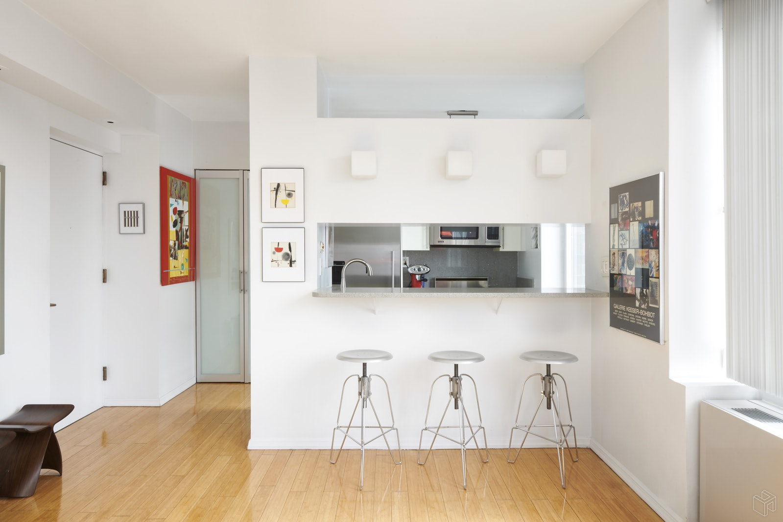 52 East End Avenue 21b, Upper East Side, NYC, 10028, $999,000, Property For Sale, Halstead Real Estate, Photo 2