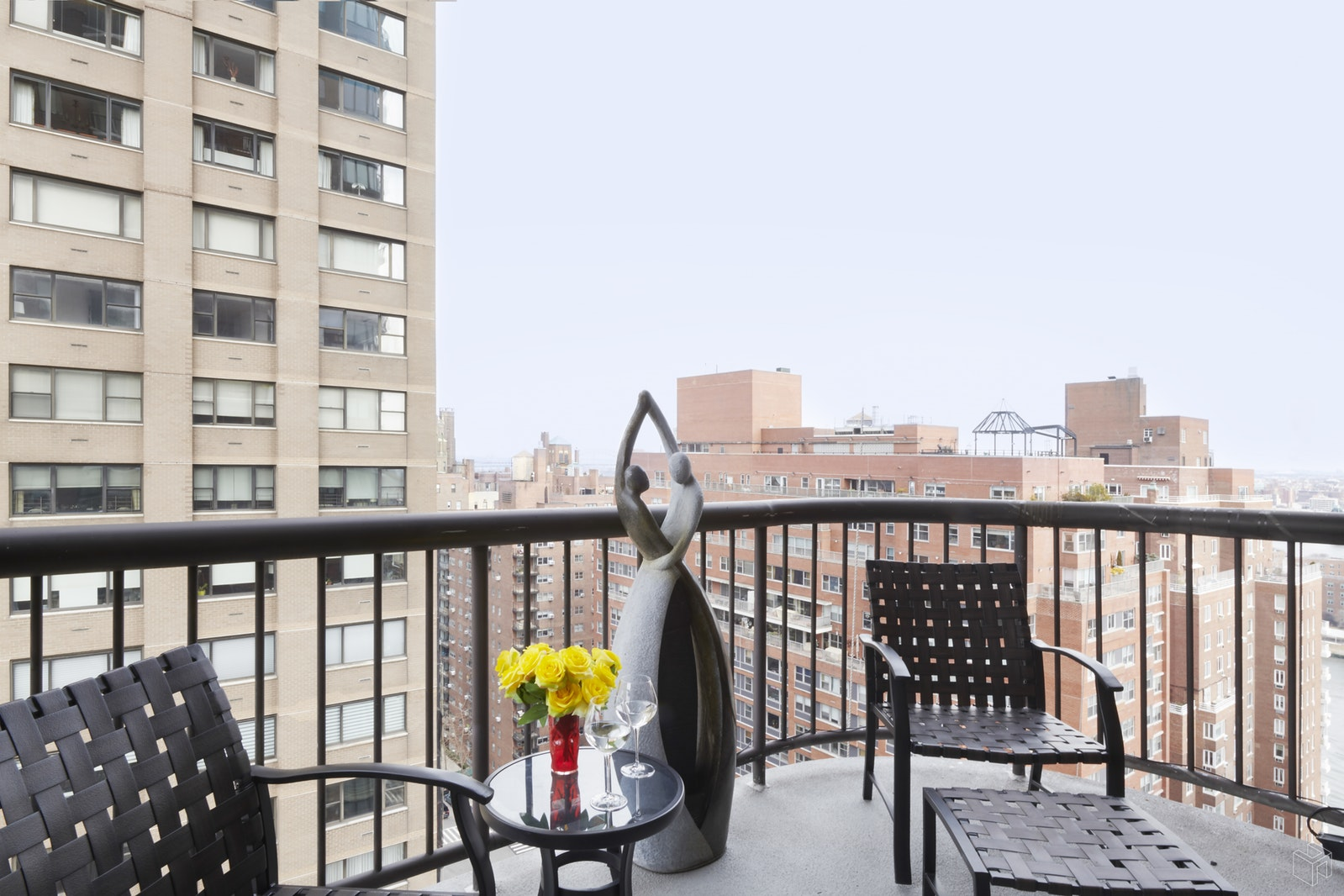 52 East End Avenue 21b, Upper East Side, NYC, 10028, $999,000, Property For Sale, Halstead Real Estate, Photo 4