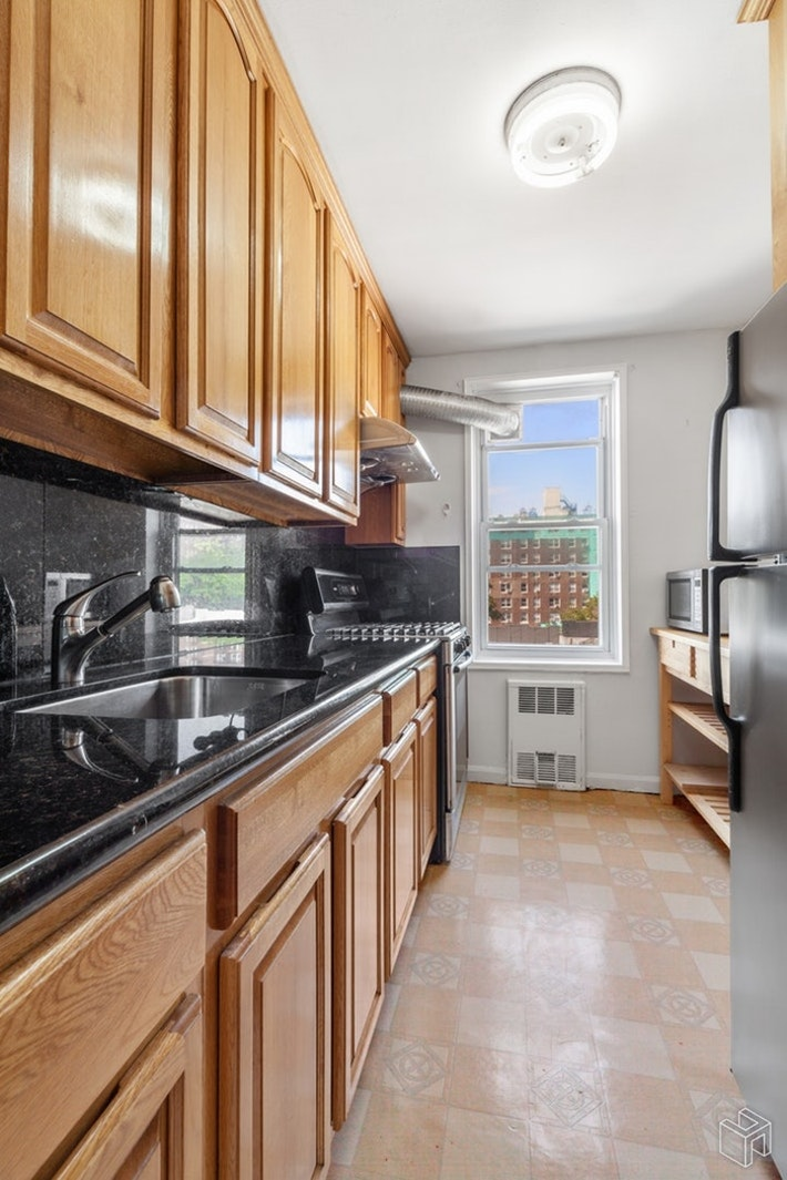 131 74th Street Apt3a, Bay Ridge, Brooklyn, NY, 11209, $355,000, Property For Sale, Halstead Real Estate, Photo 5