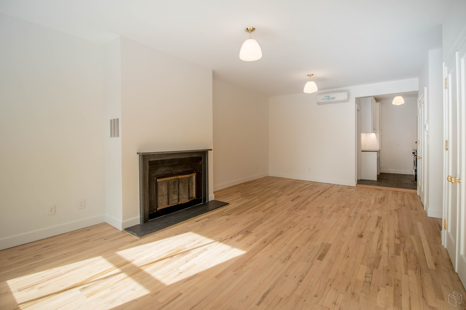 29 West 8th Street 3f, Greenwich Village, NYC, 10011, Price Not Disclosed, Rented Property, Halstead Real Estate, Photo 8