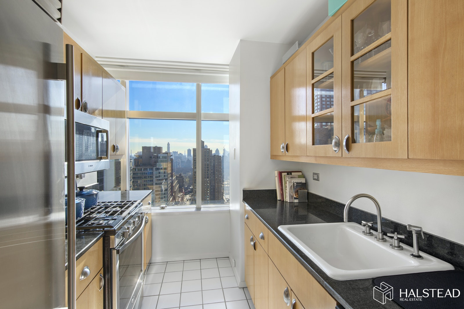 160 West 66th Street 36d, Upper West Side, NYC, 10023, Price Not Disclosed, Rented Property, Halstead Real Estate, Photo 2