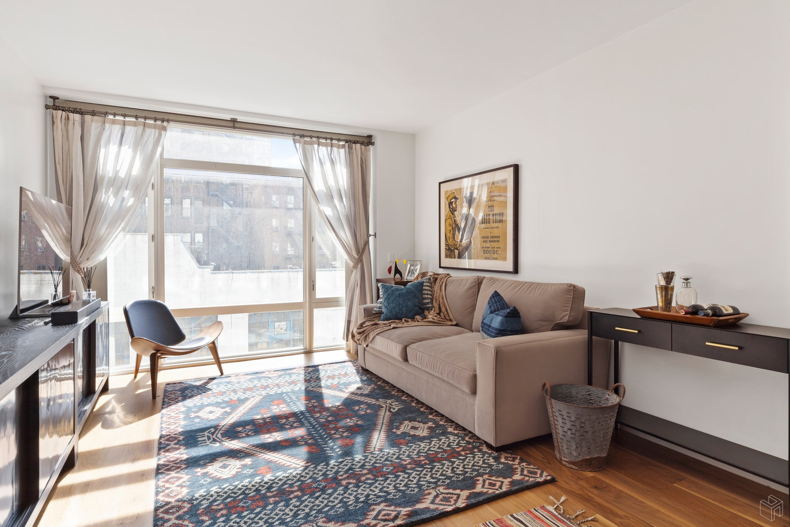 151 West 21st Street 4C, Chelsea, NYC, $1,200,000, Web #: 19508096