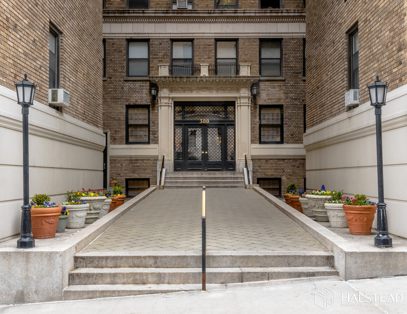300 Riverside Drive 7d, Upper West Side, NYC, 10025, $780,000, Sold Property, Halstead Real Estate, Photo 9
