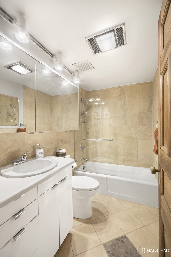 130 West 81st Street, Upper West Side, NYC, 10024, $5,495,000, Property For Sale, Halstead Real Estate, Photo 8