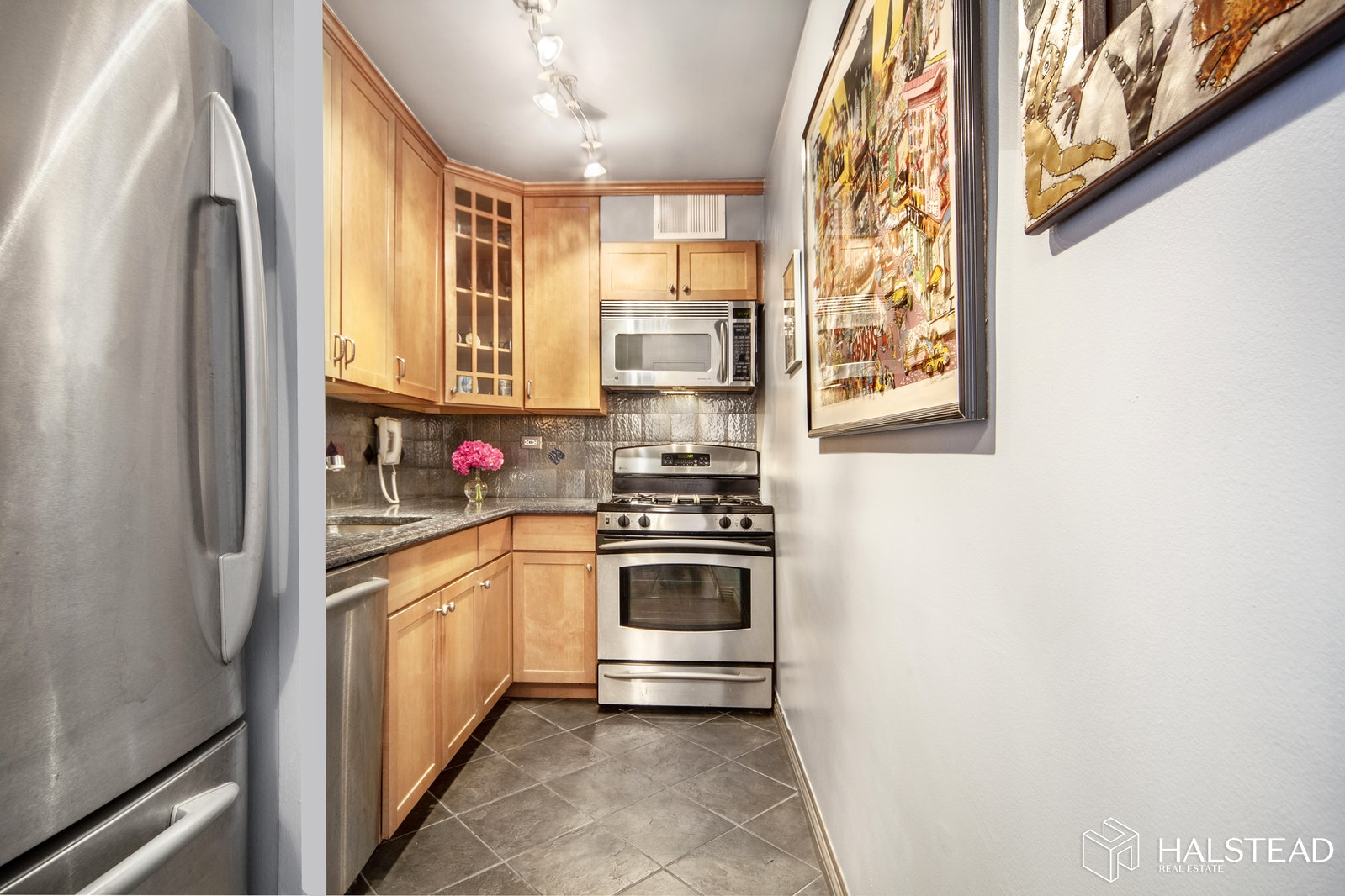 15 West 72nd Street, Upper West Side, NYC, 10023, $830,000, Sold Property, Halstead Real Estate, Photo 4
