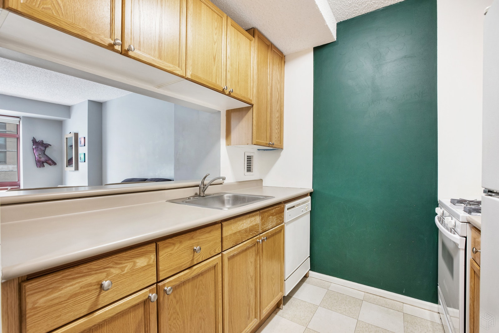 4 -74 48th Ave 2a, Long Island City, Queens, NY, 11109, $425,000, Property For Sale, Halstead Real Estate, Photo 3