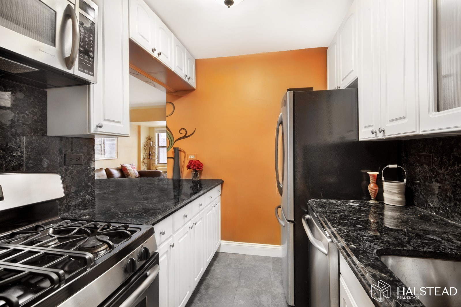 220 East 54th Street, Midtown East, NYC, 10022, $685,000, Property For Sale, Halstead Real Estate, Photo 2