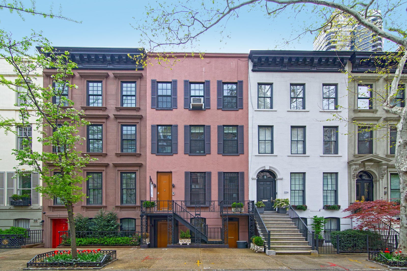 226 East 62nd Street, Upper East Side, NYC, 10065, $5,995,000, Property For Sale, Halstead Real Estate, Photo 2