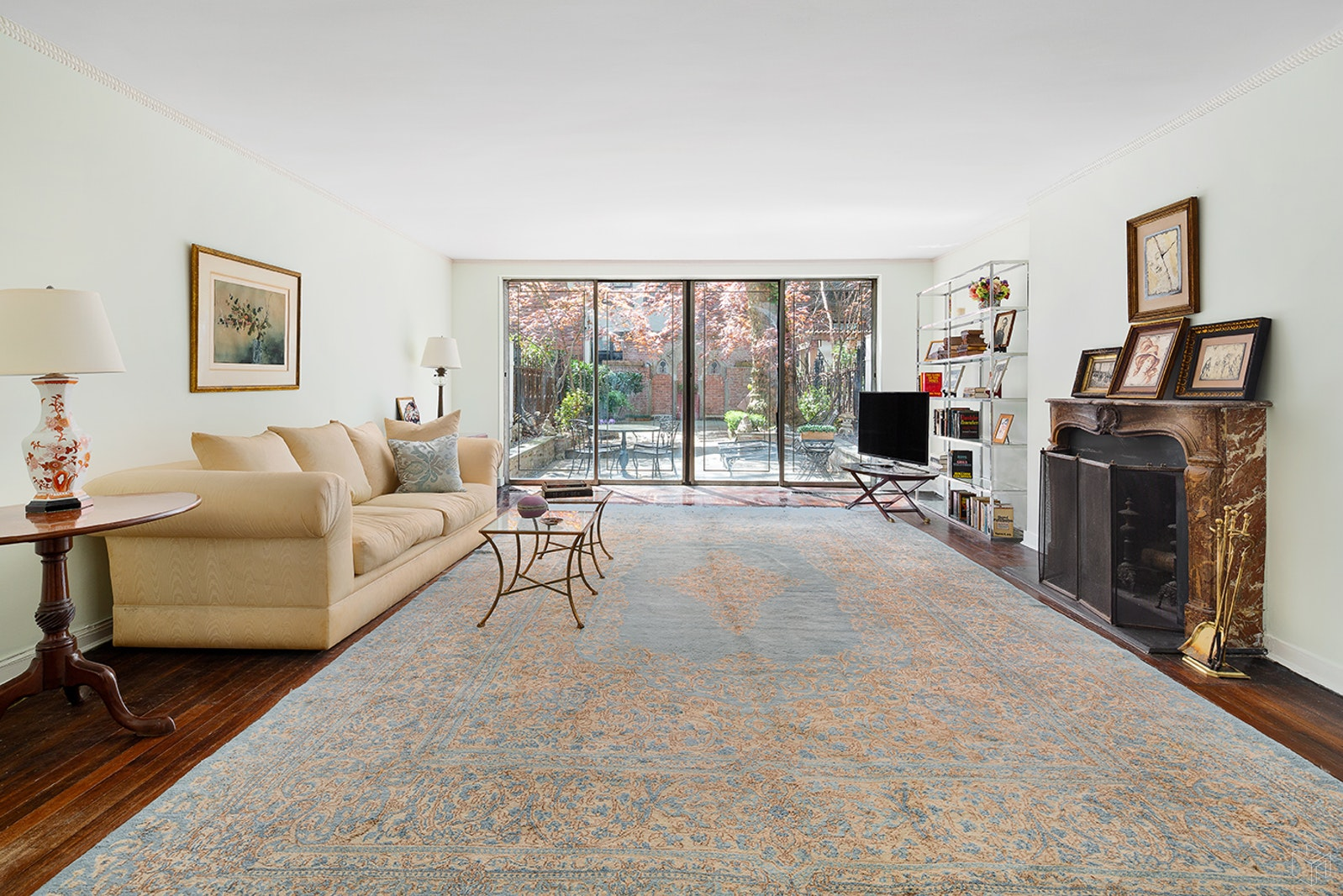 226 East 62nd Street, Upper East Side, NYC, 10065, $5,995,000, Property For Sale, Halstead Real Estate, Photo 3