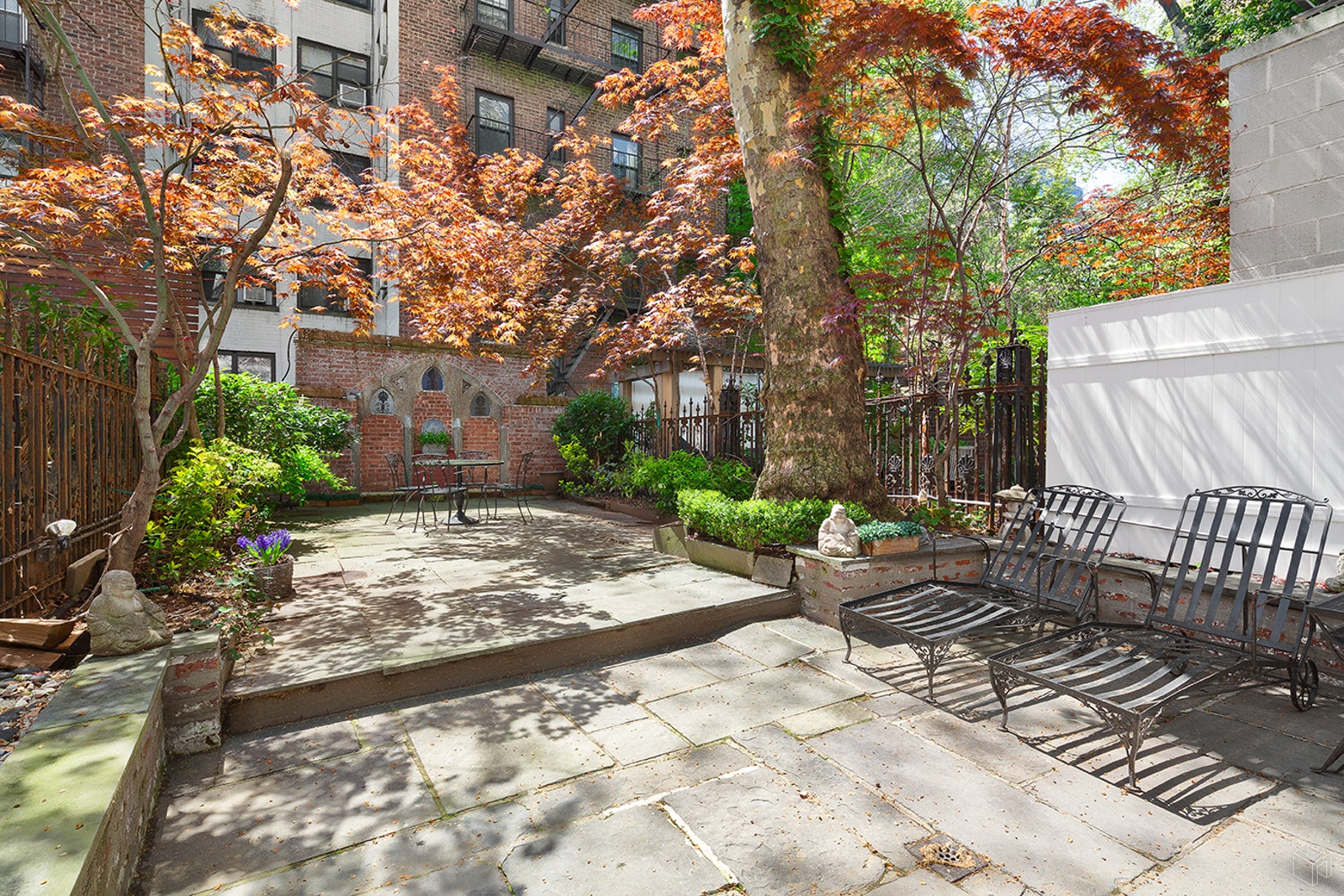 226 East 62nd Street, Upper East Side, NYC, 10065, $5,995,000, Property For Sale, Halstead Real Estate, Photo 4