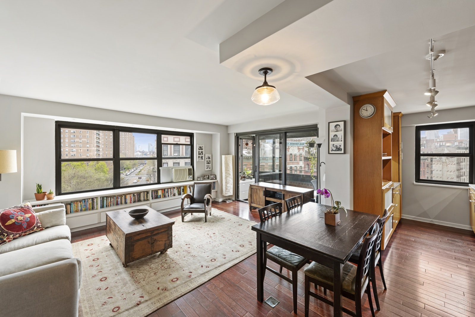264 East Broadway, Lower East Side, NYC, 10002, $1,195,000, Sold Property, Halstead Real Estate, Photo 1