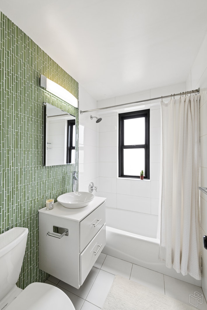 264 East Broadway, Lower East Side, NYC, 10002, $1,195,000, Sold Property, Halstead Real Estate, Photo 6