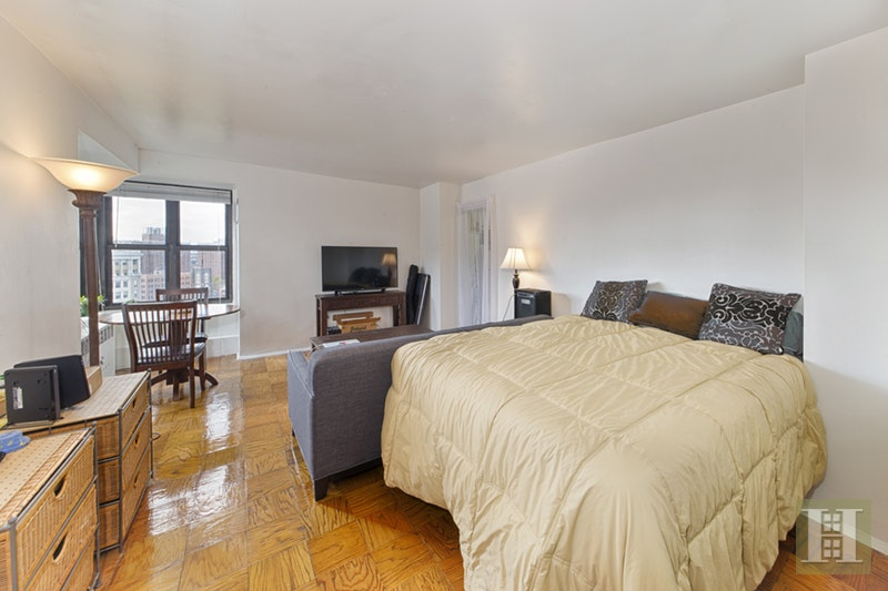 383 Grand Street, Lower East Side, NYC, $2,400, Web #: 1958215
