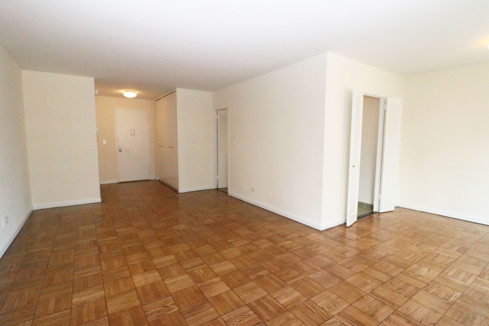 East 82nd Street, Upper East Side, NYC, 10028, Price Not Disclosed, Rented Property, Halstead Real Estate, Photo 4