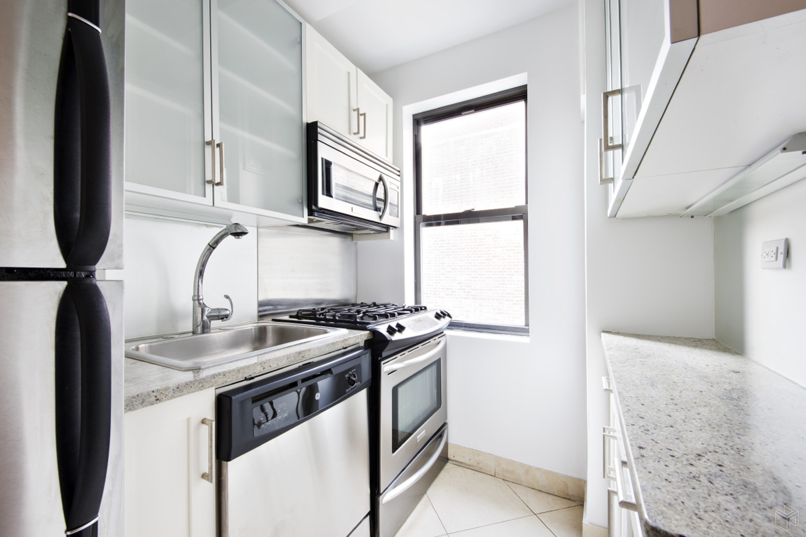 231 East 76th Street, Upper East Side, NYC, 10021, Price Not Disclosed, Rented Property, Halstead Real Estate, Photo 3