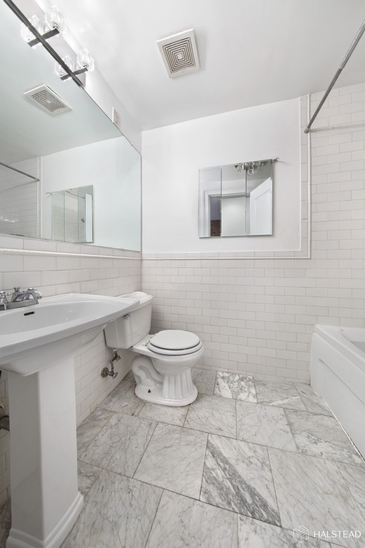 396 10th Street Garden, Park Slope, Brooklyn, NY, 11215, Price Not Disclosed, Rented Property, Halstead Real Estate, Photo 6