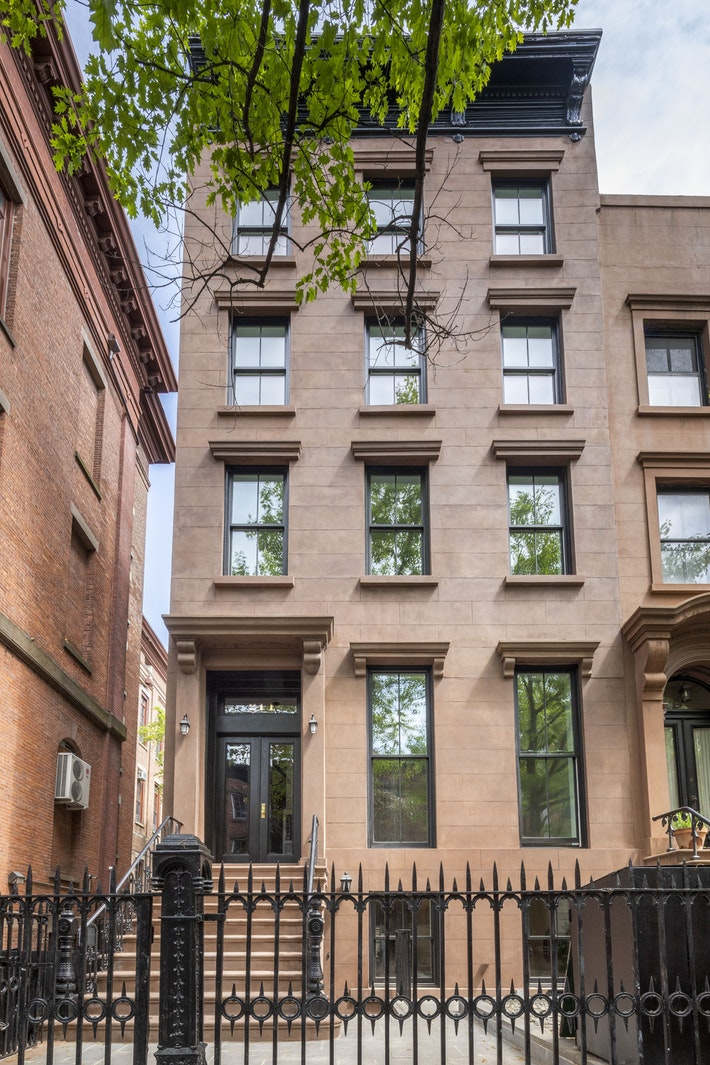 211 Warren Street 1, Cobble Hill, Brooklyn, NY, $2,090,000, Web #: 19621027