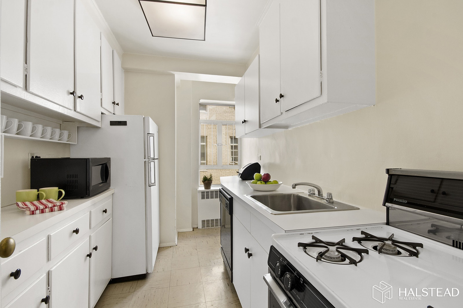 15 West 84th Street, Upper West Side, NYC, 10024, Price Not Disclosed, Rented Property, Halstead Real Estate, Photo 5