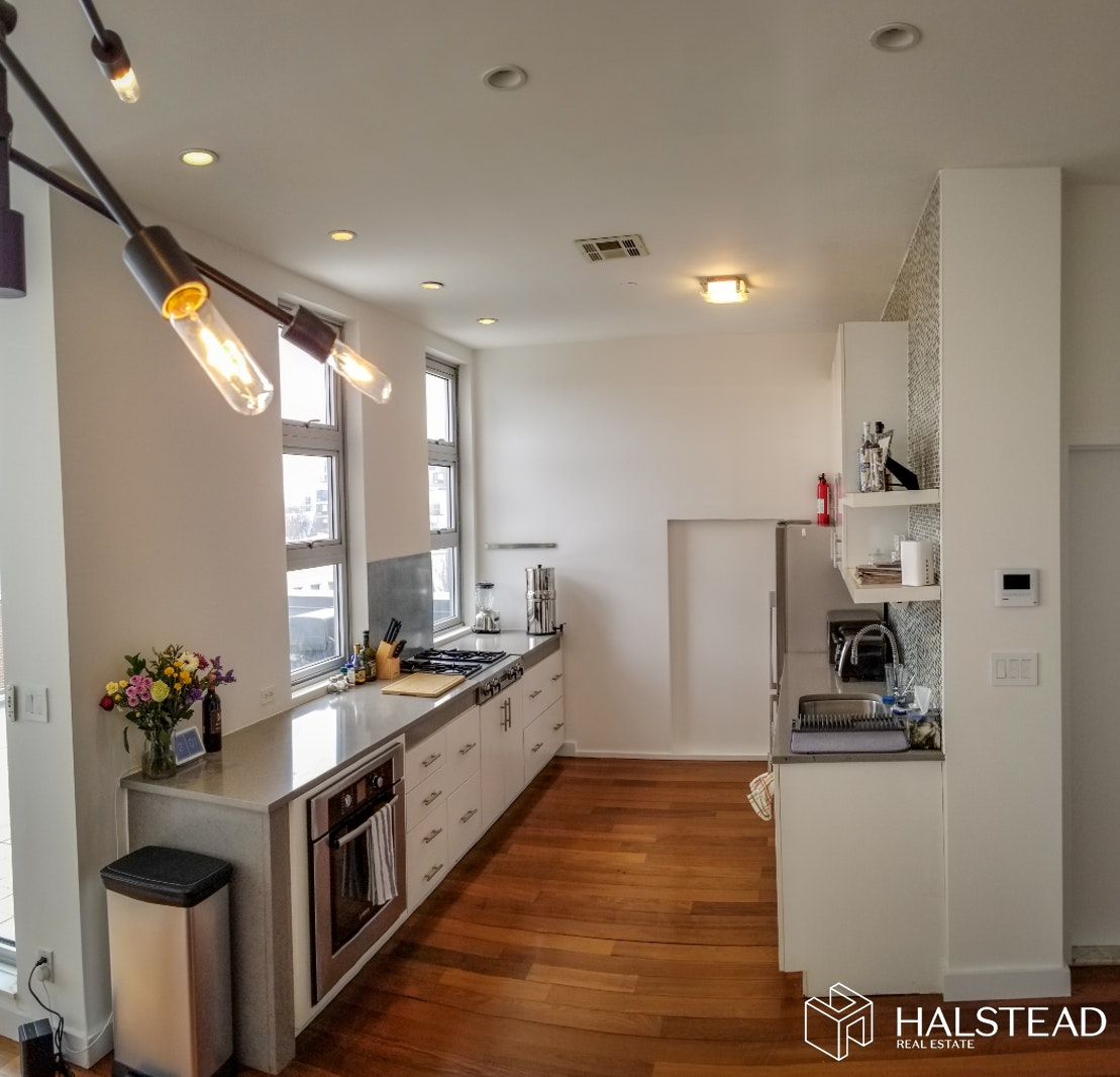273 Manhattan Avenue 4b, Williamsburg, Brooklyn, NY, 11211, $5,000, Rented Property, Halstead Real Estate, Photo 3