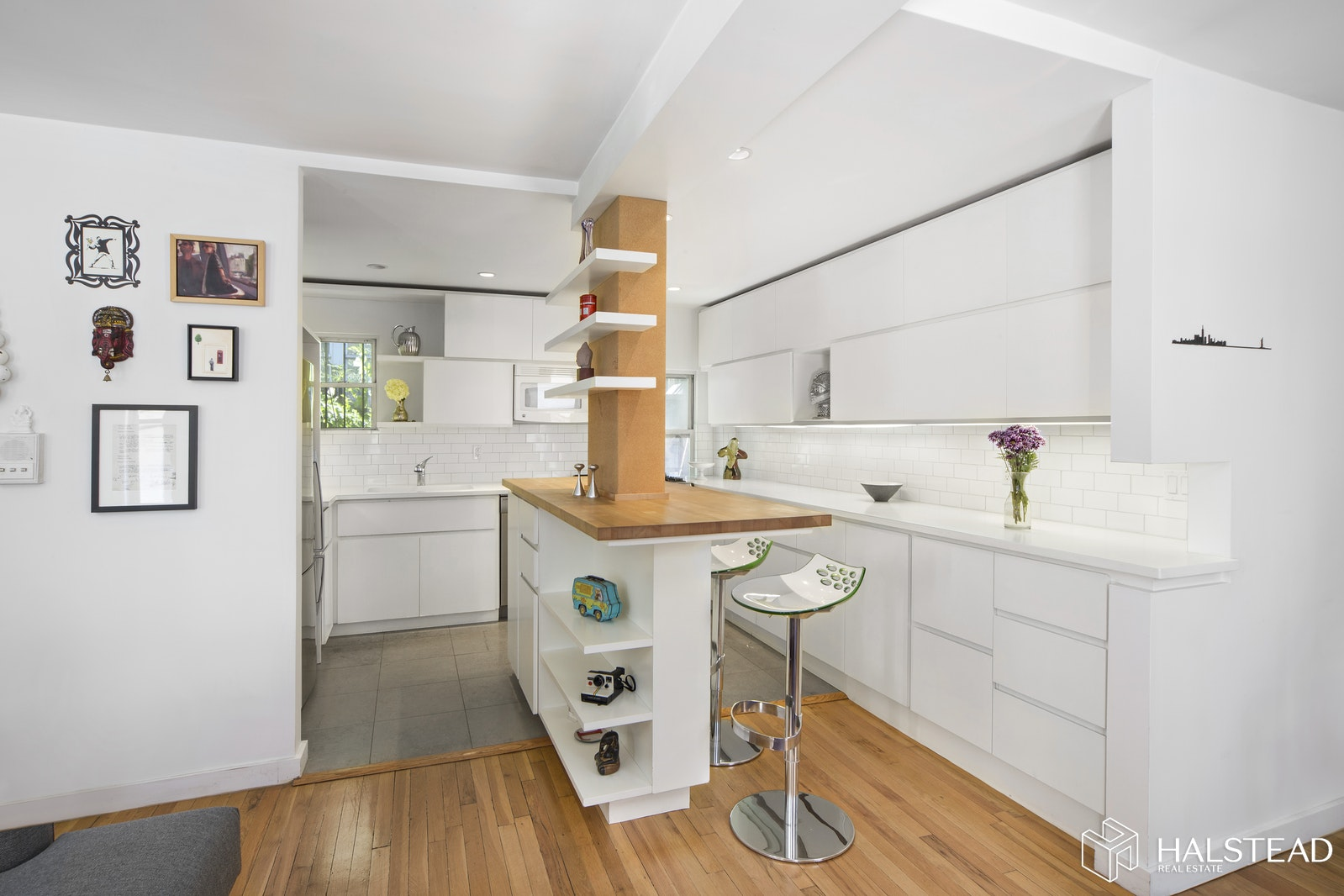 309 West 20th Street 2r, Chelsea, NYC, 10011, $1,345,000, Property For Sale, Halstead Real Estate, Photo 2