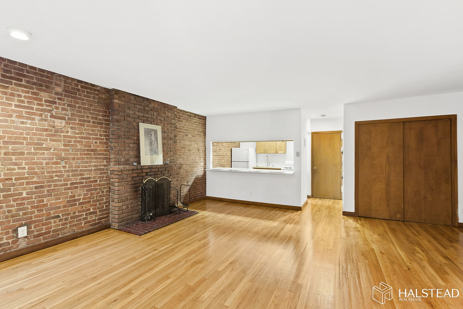 58 West 89th Street Garden, Upper West Side, NYC, $3,300, Web #: 19848581
