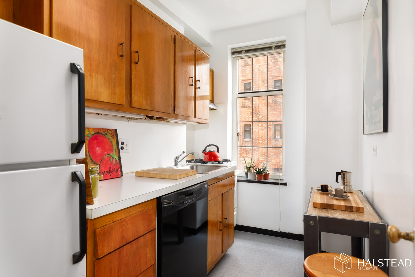 405 West 23rd Street, Chelsea, NYC, 10011, $570,000, Sold Property, Halstead Real Estate, Photo 4