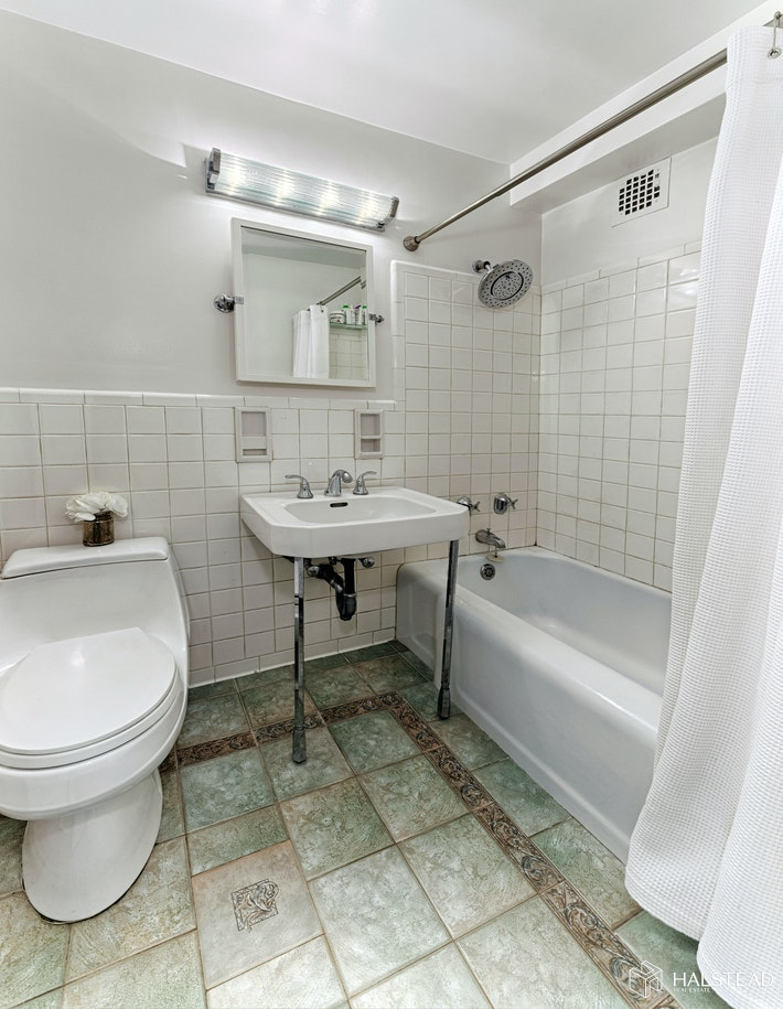 11 Riverside Drive 8pw, Upper West Side, NYC, 10023, $620,000, Property For Sale, Halstead Real Estate, Photo 5