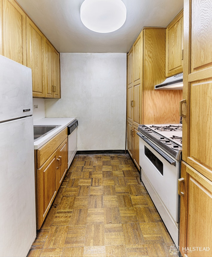 123 East 75th Street 2f, Upper East Side, NYC, 10021, $420,000, Sold Property, Halstead Real Estate, Photo 3