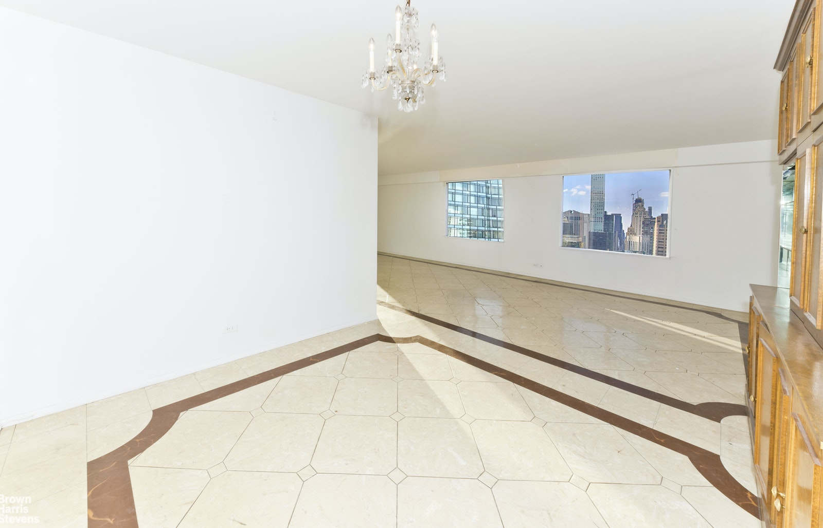 303 East 57th Street 28B, Midtown East, NYC, $735,000, Web #: 19931586