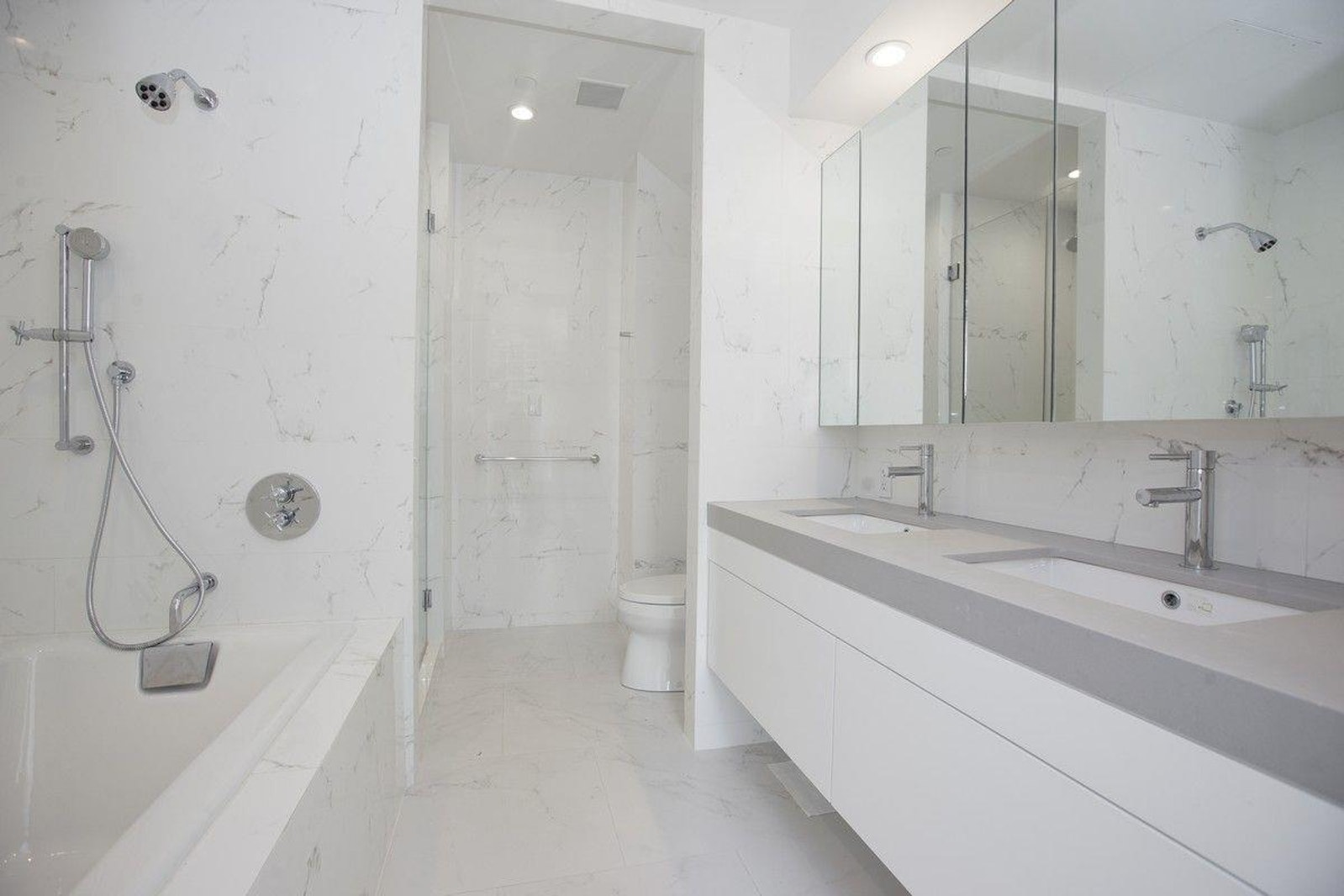 301 East 61st Street 15b, Upper East Side, NYC, 10065, $2,834,000, Property For Sale, Halstead Real Estate, Photo 3