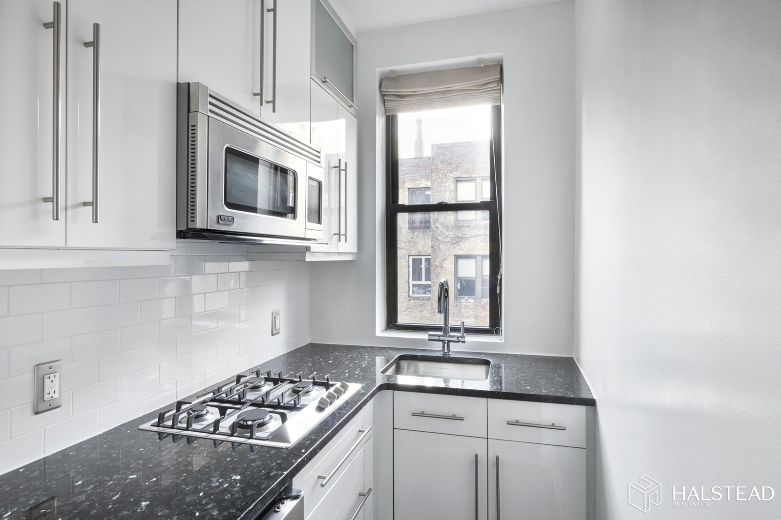 Renovated One Bedroom Gem, Upper East Side, NYC, 10128, $350,000, Sold Property, Halstead Real Estate, Photo 3
