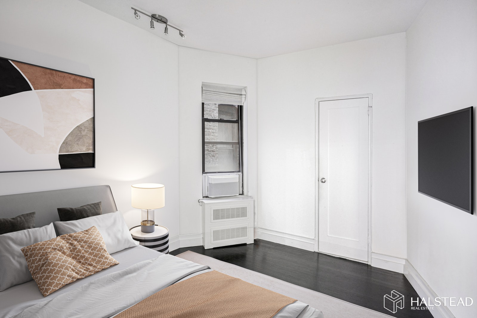 Renovated One Bedroom Gem, Upper East Side, NYC, 10128, $350,000, Sold Property, Halstead Real Estate, Photo 4