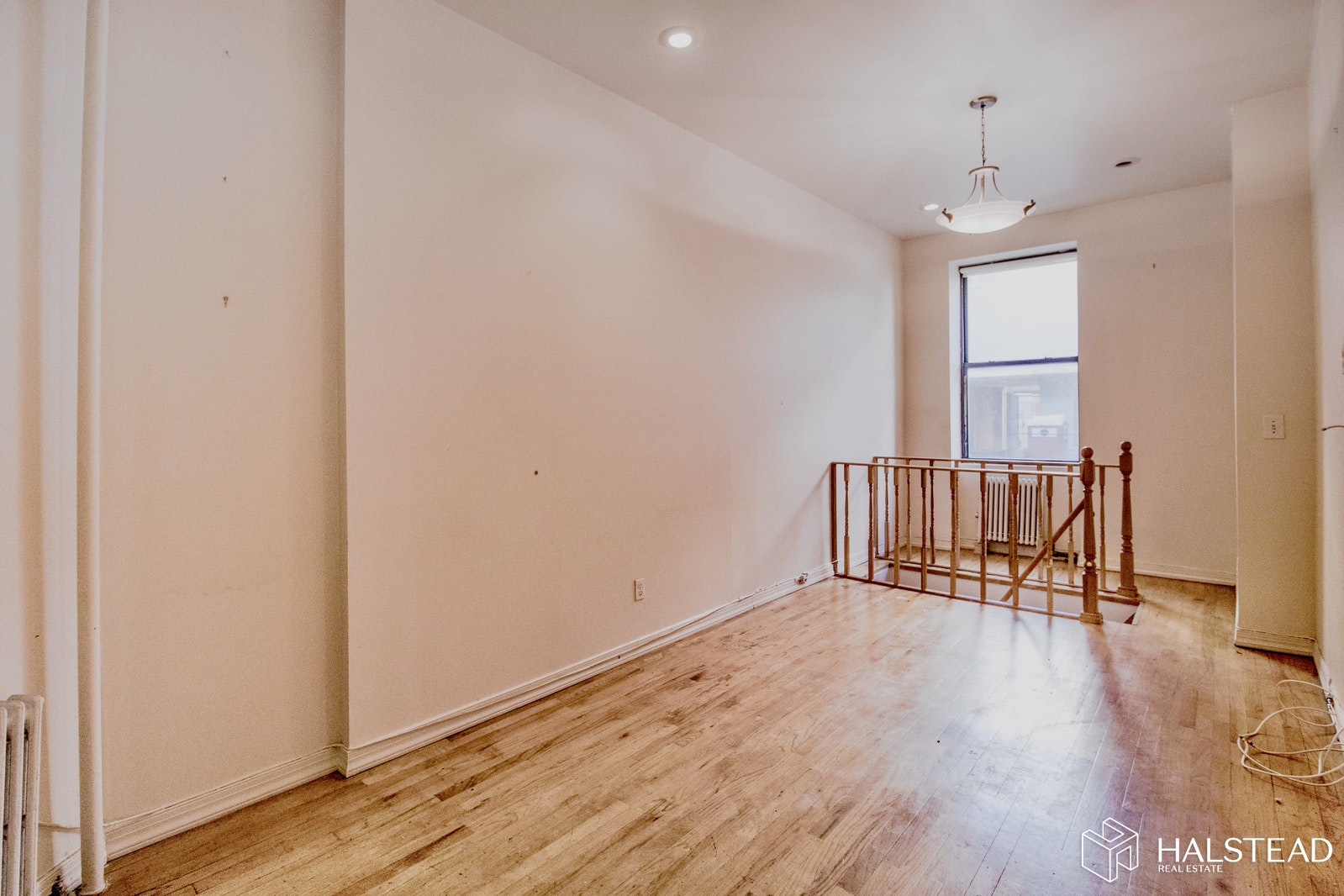 436 West 49th Street 1Fw, Midtown West, NYC, $2,700, Web #: 20011329