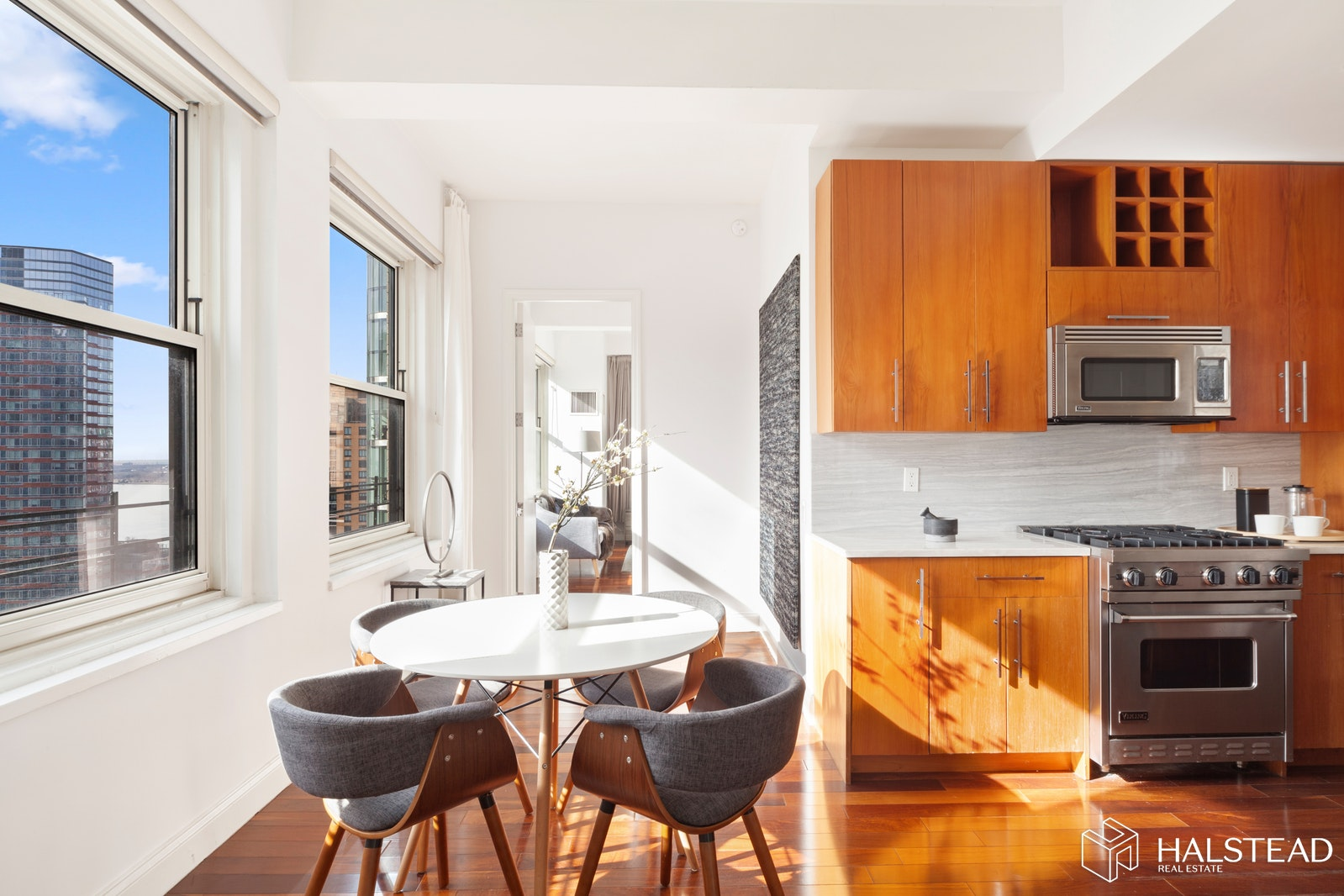 88 Greenwich Street 1901, Financial District, NYC, $2,500,000, Web #: 20039151