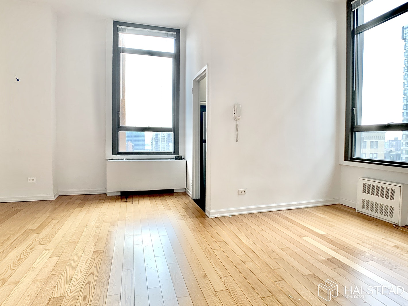 4 Park Avenue 21S, Midtown East, NYC, $2,750, Web #: 20042918