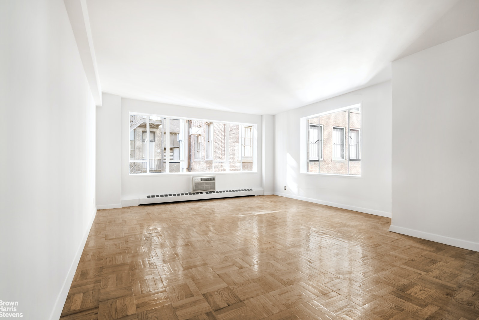 15 West 12th Street 7G, Greenwich Village, NYC, $469,000, Web #: 20047068