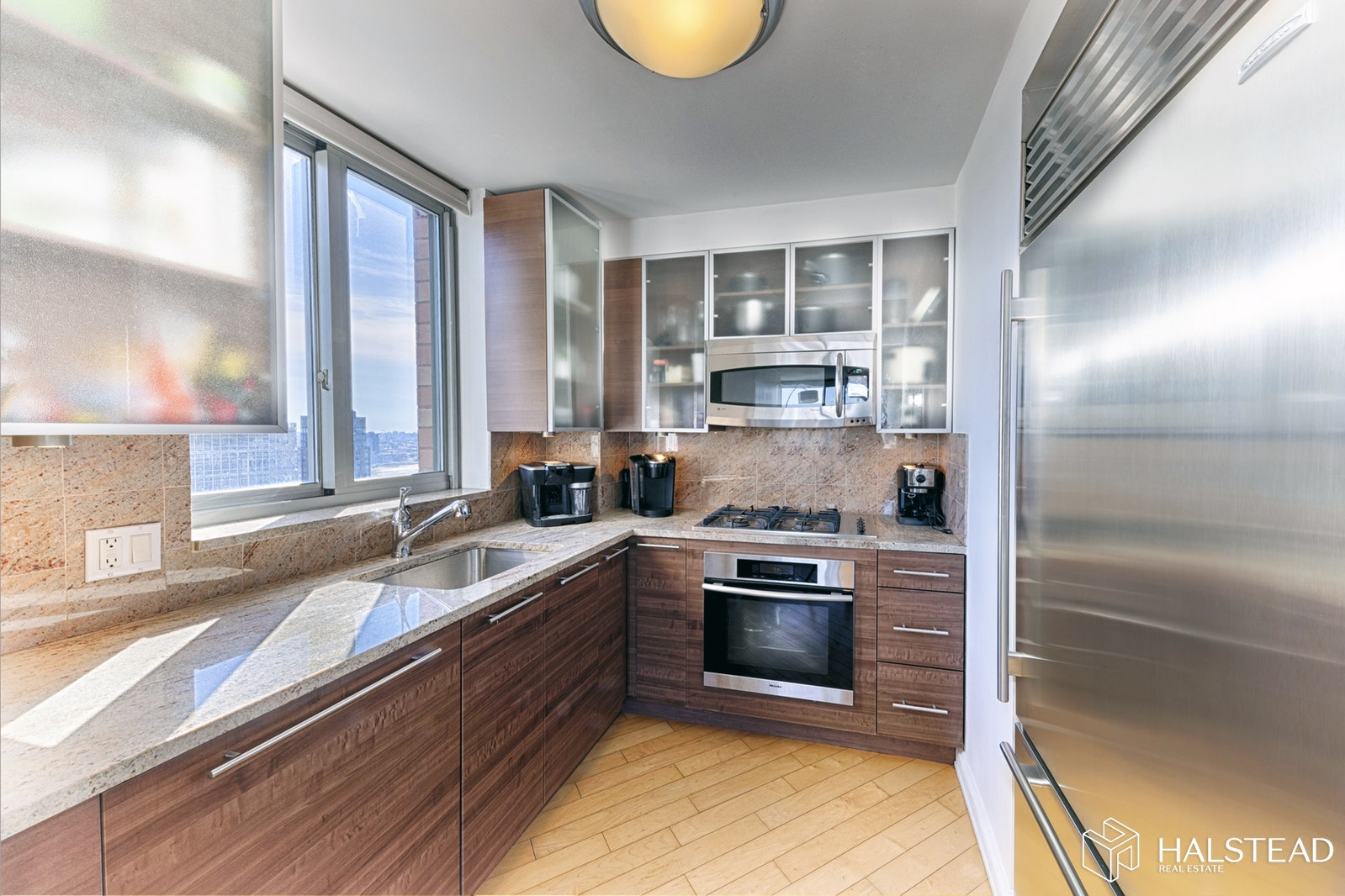 235 East 55th Street 36a, Midtown East, NYC, 10022, $1,725,000, Property For Sale, Halstead Real Estate, Photo 2