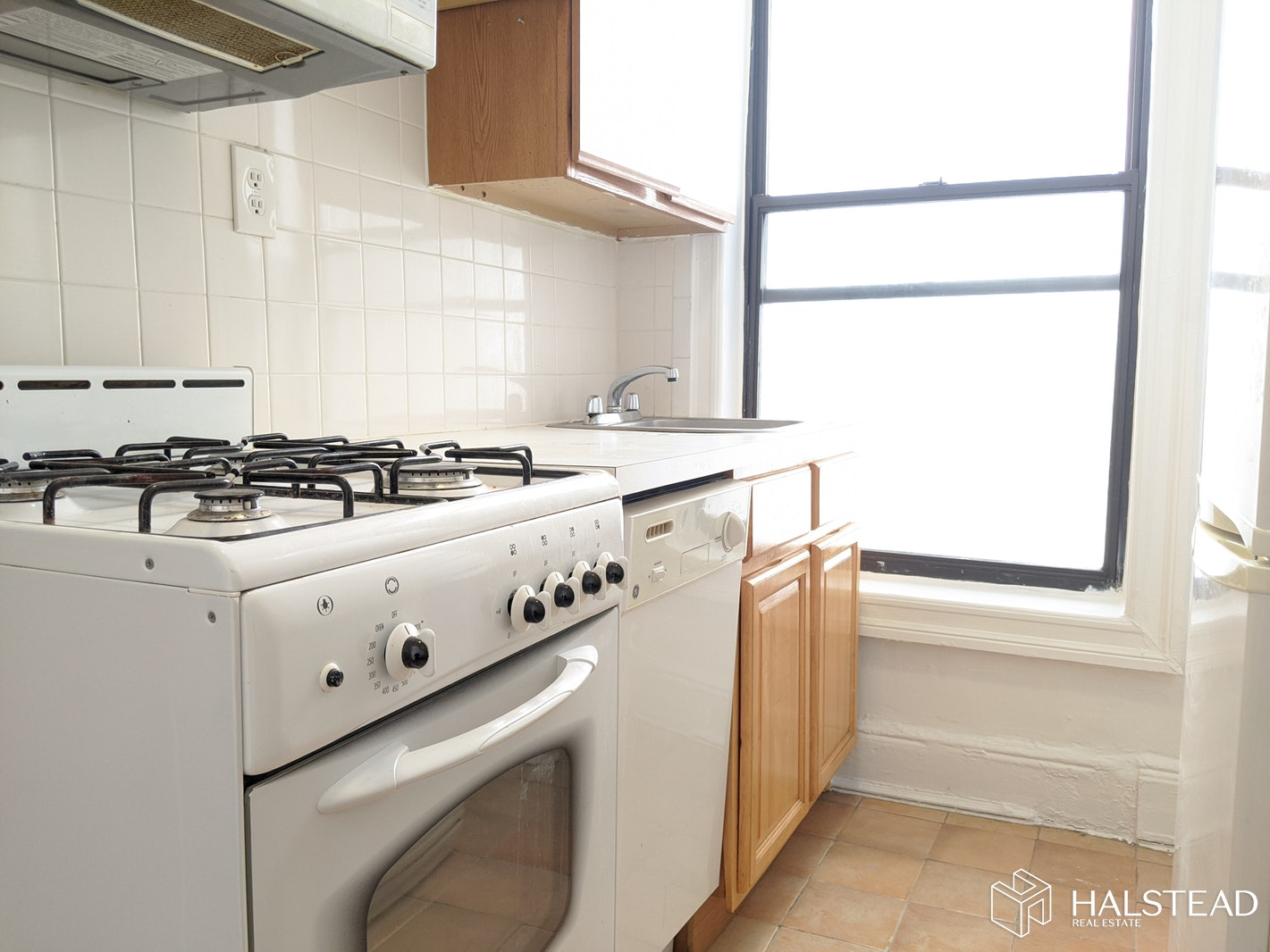 415 East 71st Street 4f, Upper East Side, NYC, 10021, $2,800, Rented Property, Halstead Real Estate, Photo 3