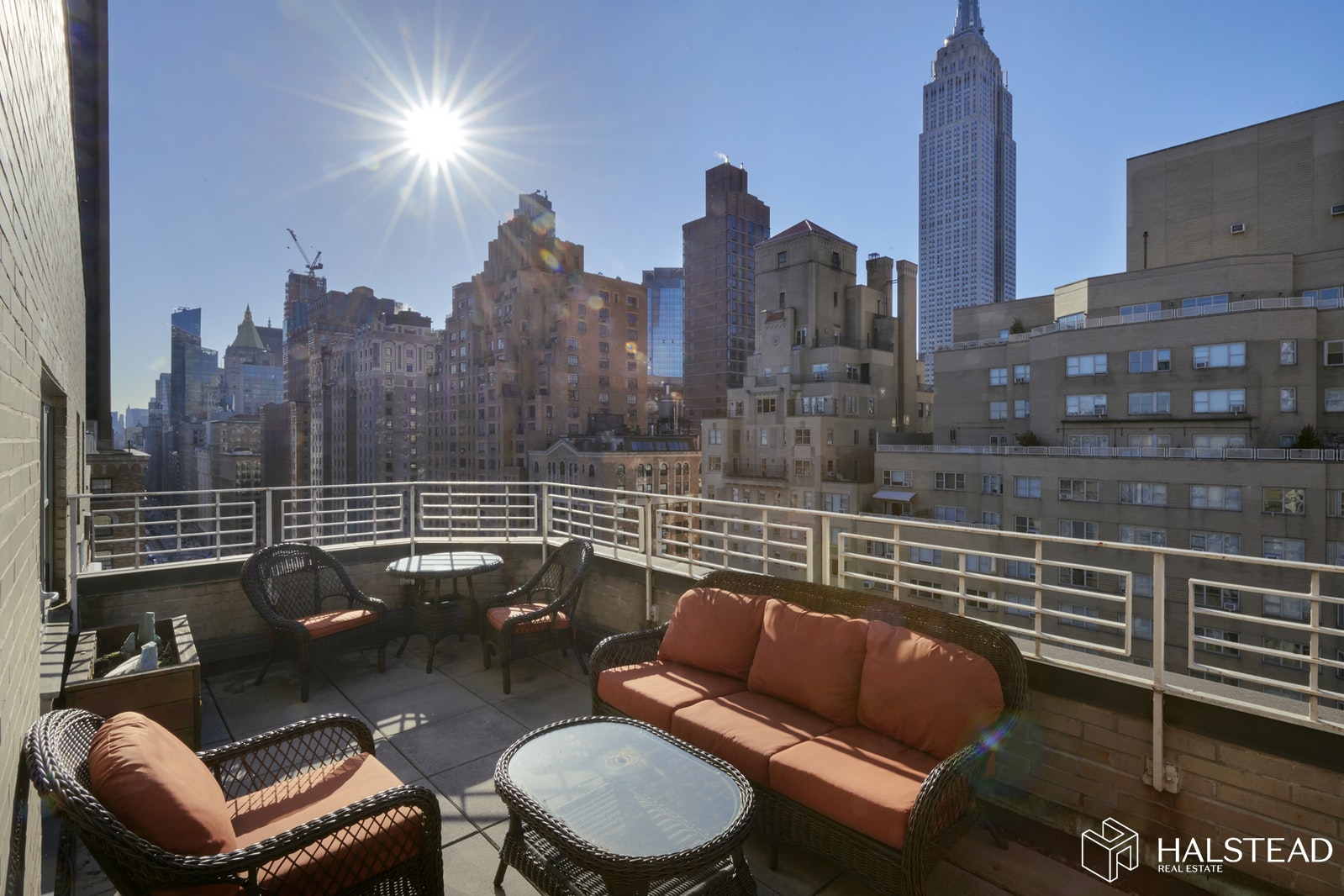 35 Park Avenue, Midtown East, NYC, $865,000, Web #: 20068108