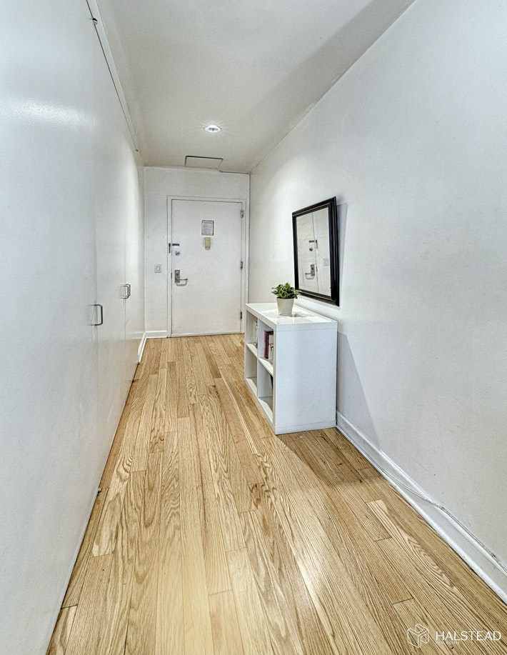56 Pine Street, Financial District, NYC, $499,000, Web #: 20080608