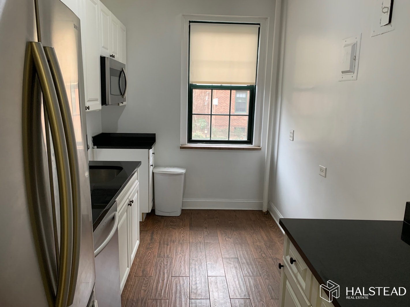 RENOVATED AMAZING 2 BEDROOM